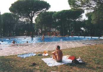 Swimmingpool plus Kinderbecken